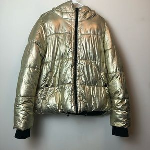 American Eagle Gold Puffer Coat szXL